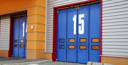 Portes et portails portails en aluminium motorisation for Domotique porte de garage
